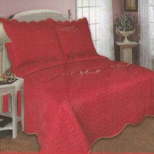Cuvertura de pat rosie pentru doua persoane