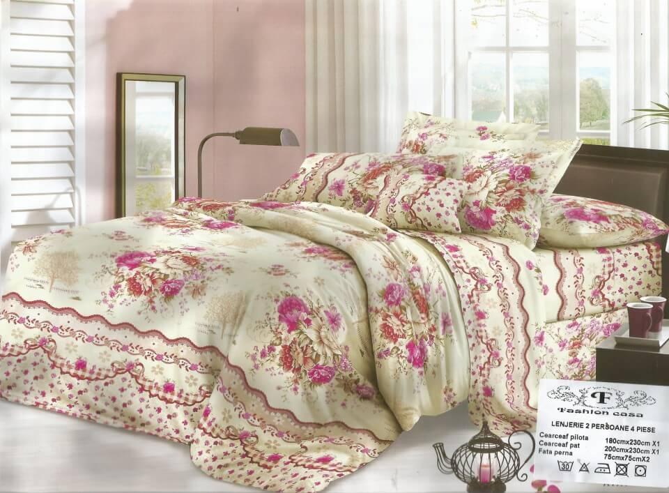 Lenjerie pat cu flori roz din bumbac si fibre