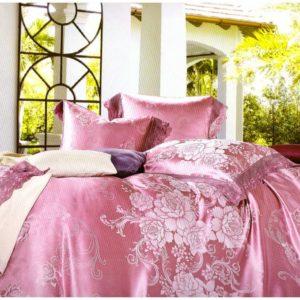Lenjerie Jacquard roz cu broderii aplicate